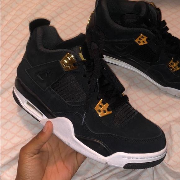 competitive price 60f38 0cb2e Jordan 4s black and gold size 6.5Y